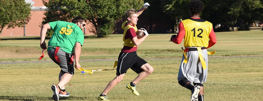 men's flag football game play image